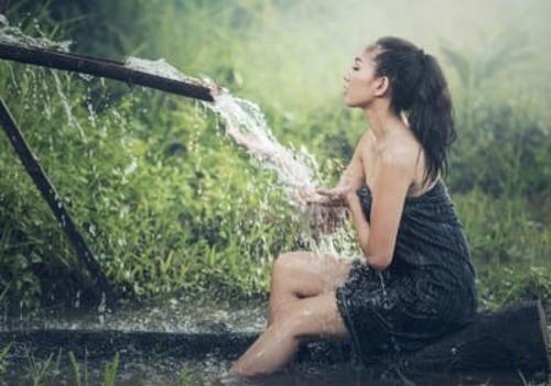 愛液とオリモノとはどう違う?女が濡れるのはなぜ?